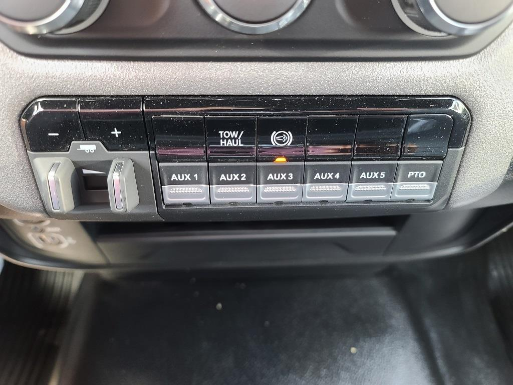 2021 Ram 5500 Regular Cab DRW 4x4,  Knapheide Drop Side Dump Body #M2101 - photo 11