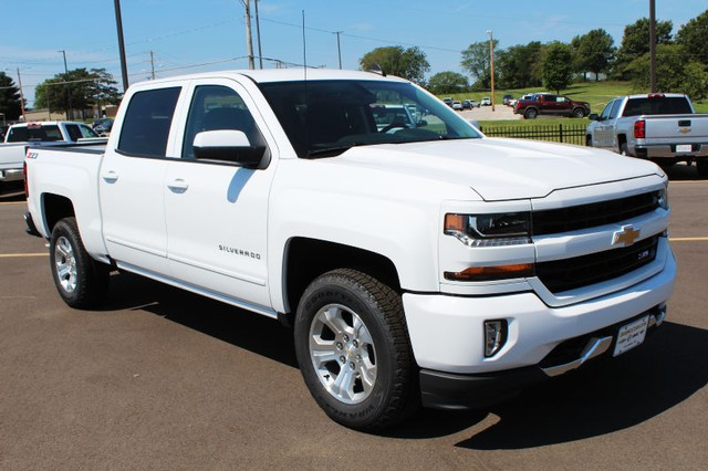 2018 Silverado 1500 Crew Cab 4x4,  Pickup #102285 - photo 3