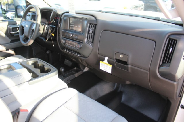 2019 Silverado 3500 Regular Cab DRW 4x4,  Knapheide Service Body #105401 - photo 4