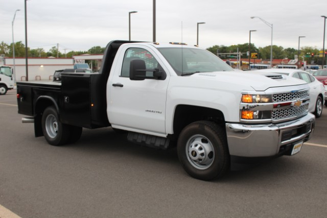 2019 Silverado 3500 Regular Cab DRW 4x4,  Knapheide Platform Body #109302 - photo 3