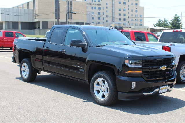 2018 Silverado 1500 Double Cab 4x4,  Pickup #109384 - photo 3