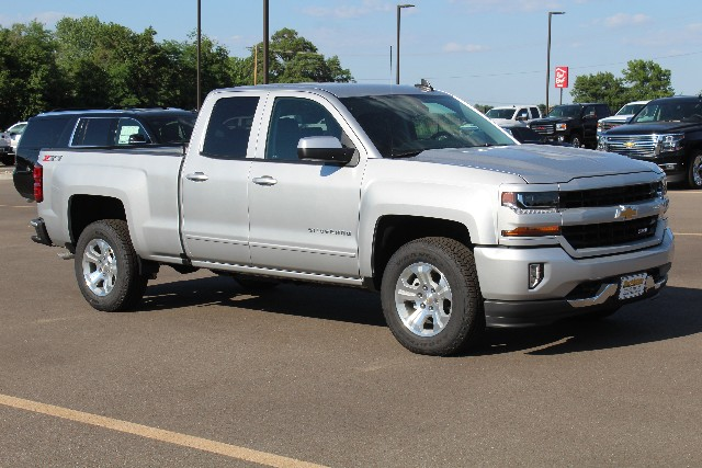 2018 Silverado 1500 Double Cab 4x4,  Pickup #109970 - photo 3