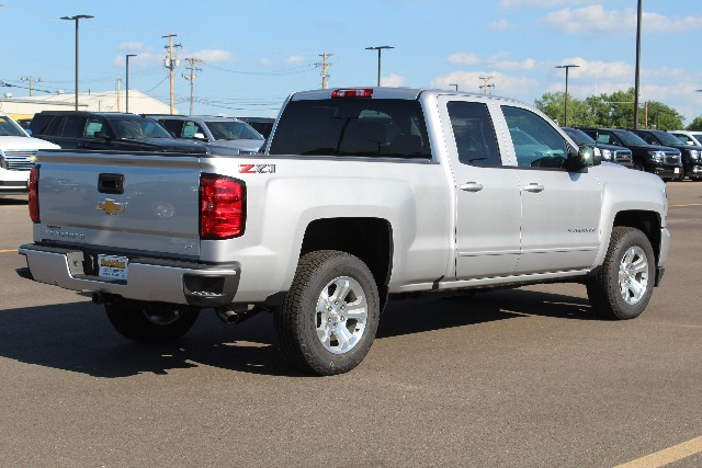 2018 Silverado 1500 Double Cab 4x4,  Pickup #109970 - photo 2