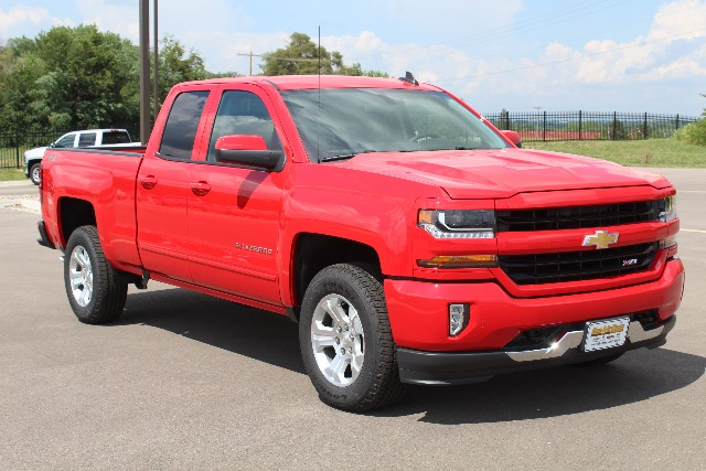 2018 Silverado 1500 Double Cab 4x4,  Pickup #113996 - photo 3