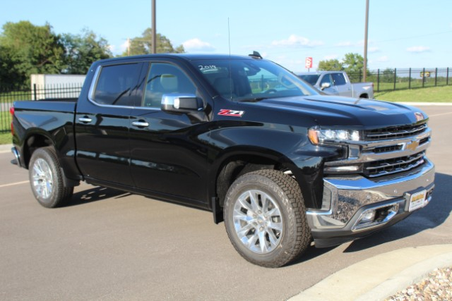 2019 Silverado 1500 Crew Cab 4x4,  Pickup #119693 - photo 3