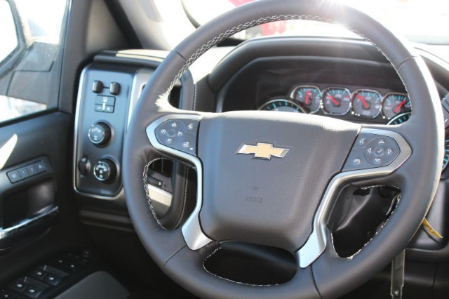 2018 Silverado 2500 Crew Cab 4x4,  Pickup #181008 - photo 6