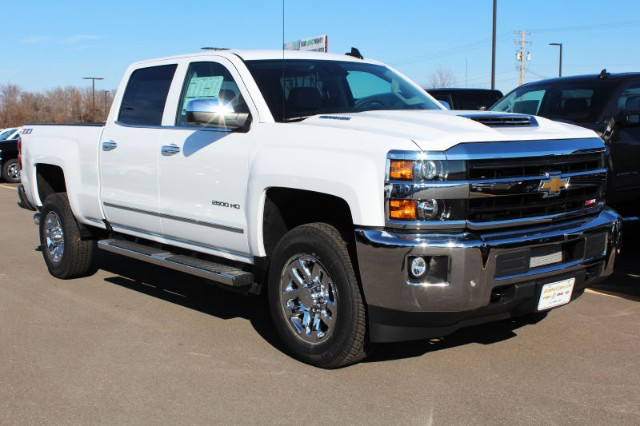 2018 Silverado 2500 Crew Cab 4x4,  Pickup #181008 - photo 3
