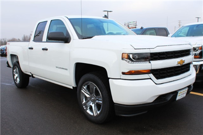 2018 Silverado 1500 Double Cab 4x4,  Pickup #207181 - photo 3