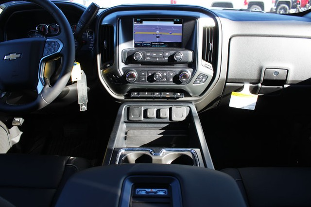 2018 Silverado 1500 Crew Cab 4x4,  Pickup #208704 - photo 6