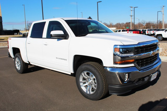 2018 Silverado 1500 Crew Cab 4x4,  Pickup #211693 - photo 3