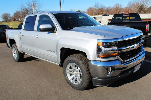 2018 Silverado 1500 Crew Cab 4x4,  Pickup #216610 - photo 3