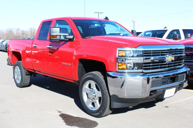 2018 Silverado 2500 Double Cab 4x4,  Pickup #217588 - photo 3