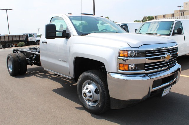 2017 Silverado 3500 Regular Cab DRW 4x4,  Cab Chassis #217750 - photo 3