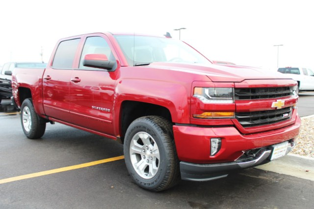 2018 Silverado 1500 Crew Cab 4x4,  Pickup #242908 - photo 3