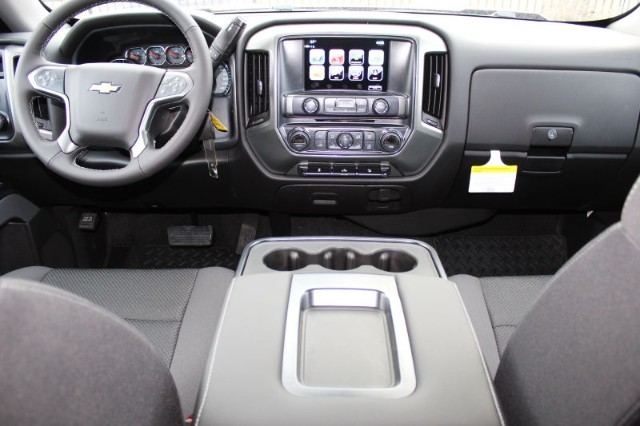 2018 Silverado 1500 Crew Cab 4x4,  Pickup #242908 - photo 5