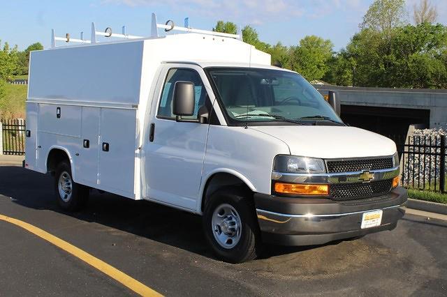 2021 Chevrolet Express 3500 4x2, Cutaway #254070 - photo 1