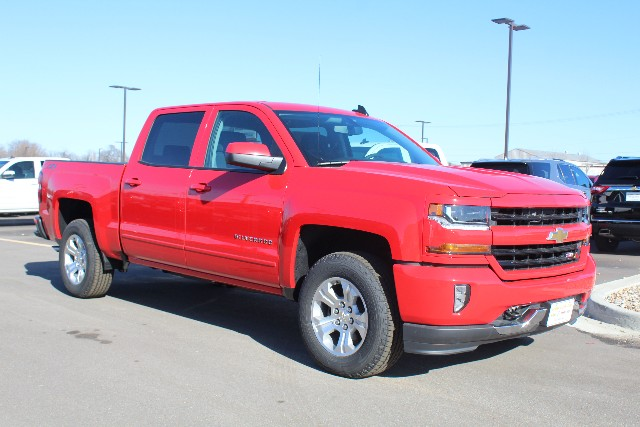 2018 Silverado 1500 Crew Cab 4x4,  Pickup #256954 - photo 3