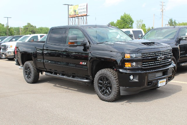 2018 Silverado 2500 Crew Cab 4x4,  Pickup #269862 - photo 3