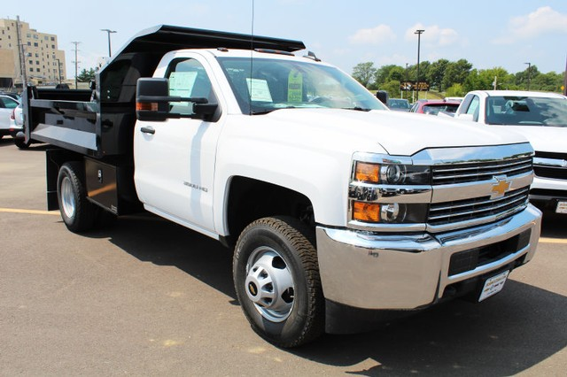 2017 Silverado 3500 Regular Cab DRW 4x4,  Knapheide Dump Body #311435 - photo 3