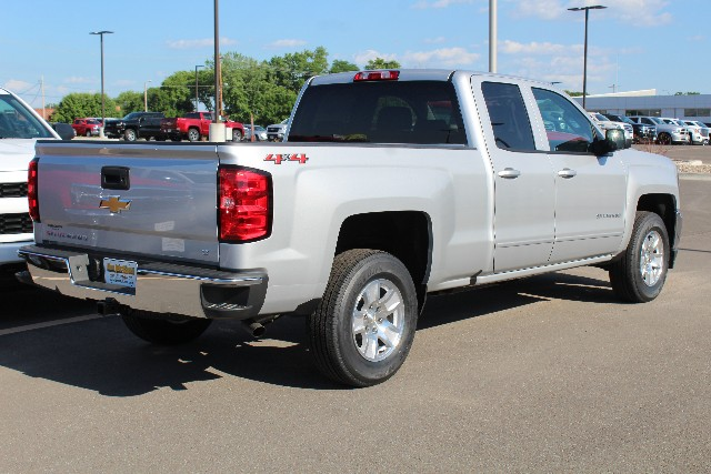 2018 Silverado 1500 Double Cab 4x4,  Pickup #344464 - photo 2