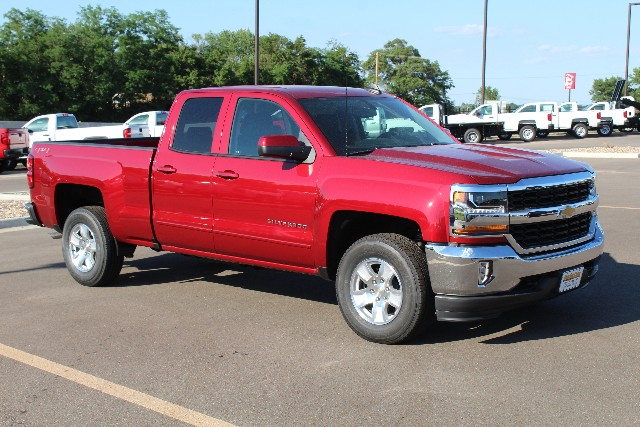 2018 Silverado 1500 Double Cab 4x4,  Pickup #346264 - photo 3