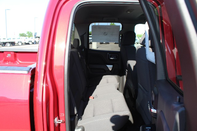 2018 Silverado 1500 Double Cab 4x4,  Pickup #346264 - photo 4