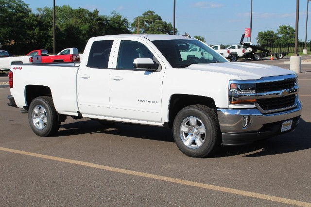 2018 Silverado 1500 Double Cab 4x4,  Pickup #347586 - photo 3
