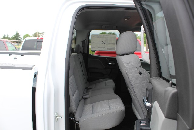 2018 Silverado 1500 Double Cab 4x4,  Pickup #355442 - photo 4