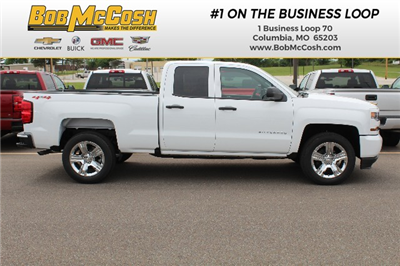 2018 Silverado 1500 Double Cab 4x4,  Pickup #355442 - photo 1