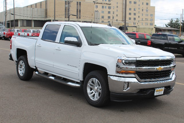 2018 Silverado 1500 Crew Cab 4x4,  Pickup #362588 - photo 3