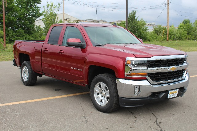 2018 Silverado 1500 Double Cab 4x4,  Pickup #374235 - photo 3