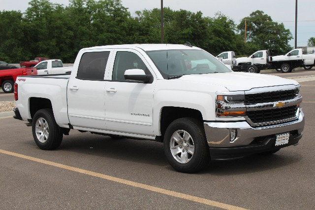 2018 Silverado 1500 Crew Cab 4x4,  Pickup #376856 - photo 3