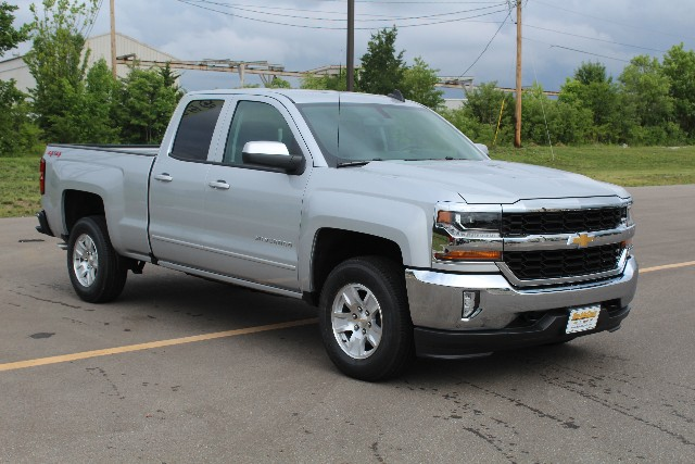 2018 Silverado 1500 Double Cab 4x4,  Pickup #377404 - photo 3