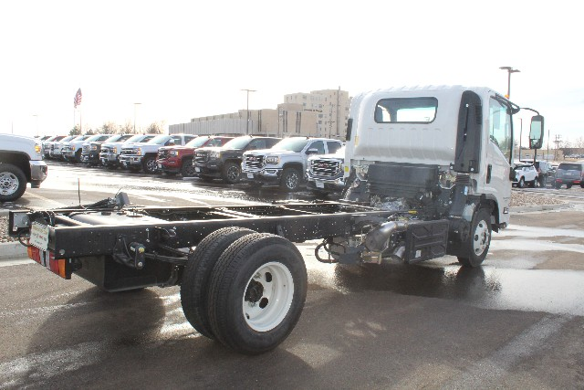 2017 Low Cab Forward Regular Cab, Cab Chassis #H7003345 - photo 2