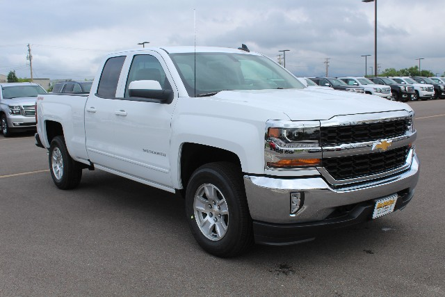 2018 Silverado 1500 Double Cab 4x4,  Pickup #JZ370272 - photo 3