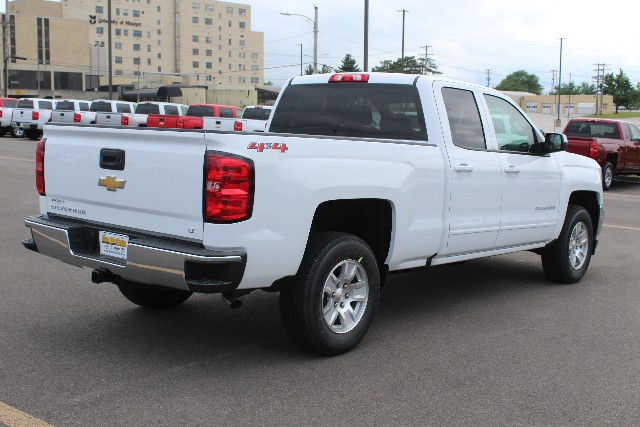 2018 Silverado 1500 Double Cab 4x4,  Pickup #JZ370272 - photo 2