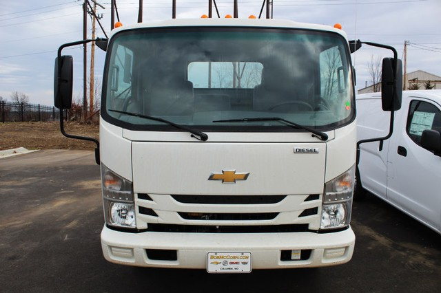 2017 Low Cab Forward Regular Cab 4x2,  Cab Chassis #K00825 - photo 4
