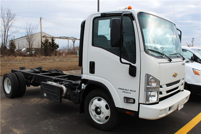 2017 Low Cab Forward Regular Cab 4x2,  Cab Chassis #K00825 - photo 3