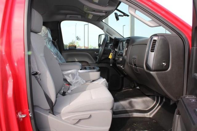 2019 Chevrolet Silverado Medium Duty Regular Cab DRW 4x2, Miller Industries Vulcan Rollback Body #KH805398 - photo 9