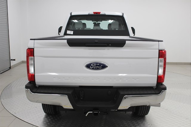 2017 F-250 Crew Cab 4x4, Pickup #H101459 - photo 5