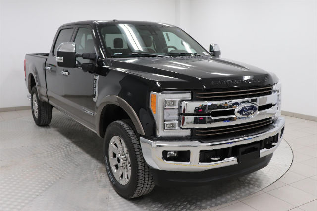 2018 F-250 Crew Cab 4x4, Pickup #J100322 - photo 1