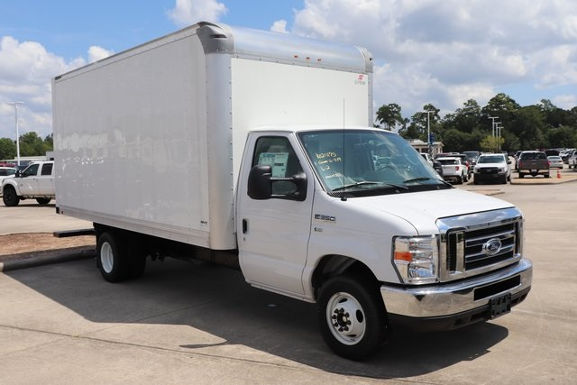 2019 E-350 4x2,  Cutaway Van #K120044 - photo 1