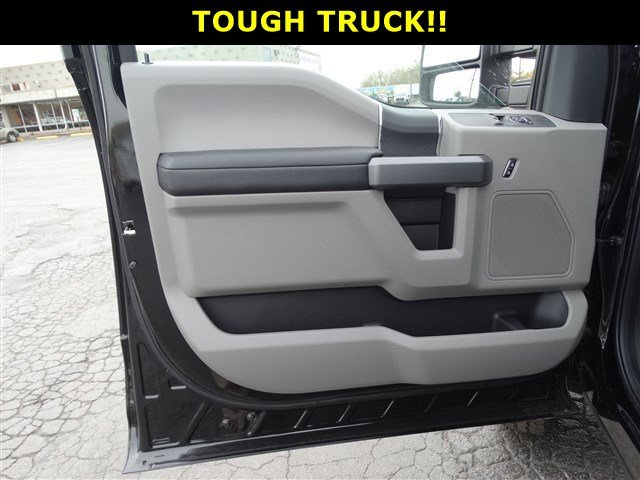 2017 F-250 Regular Cab 4x4,  Pickup #1709 - photo 9
