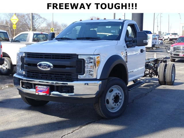 2017 F-450 Regular Cab DRW, Cab Chassis #6294 - photo 3