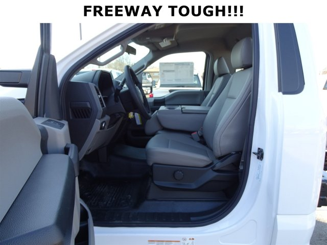 2017 F-450 Regular Cab DRW, Cab Chassis #6294 - photo 10