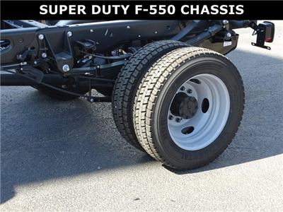 2017 F-550 Regular Cab DRW, Cab Chassis #6324 - photo 10
