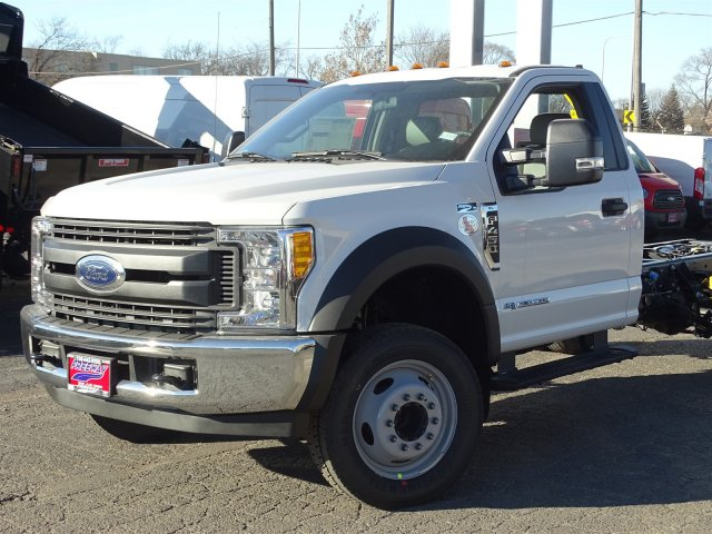 2017 F-450 Regular Cab DRW, Cab Chassis #6338 - photo 4