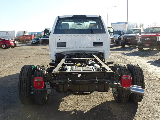2017 F-450 Regular Cab DRW Cab Chassis #6338 - photo 7