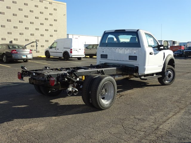 2017 F-450 Regular Cab DRW, Cab Chassis #6339 - photo 2