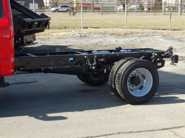 2018 F-450 Regular Cab DRW 4x4, Cab Chassis #6355 - photo 9